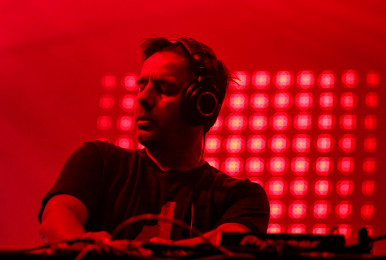 laurent-garnier-osheaga-2014-photo-by-eva-blue-01
