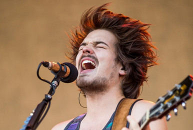 osheaga-2015_milky-chance_by-pat-beaudry_001-683x1024