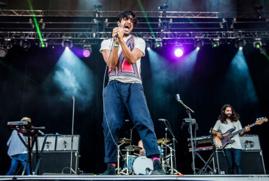 osheaga-2015_young-giant_by-pat-beaudry_009-1024x576