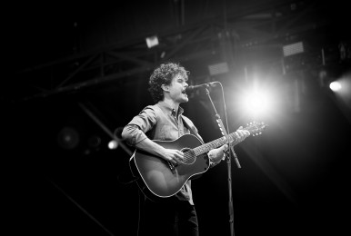 017-osheaga day 3-2017-vance joy-photo susan moss
